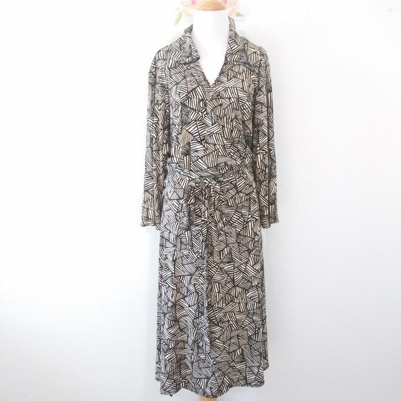 Susan Graver Dresses & Skirts - SUSAN GRAVER Style dress. NWT Size 3X